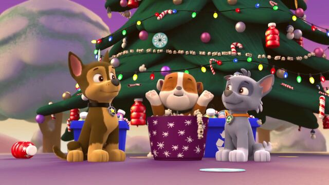 File:PAW.Patrol.S01E16.Pups.Save.Christmas.720p.WEBRip.x264.AAC 141608.jpg