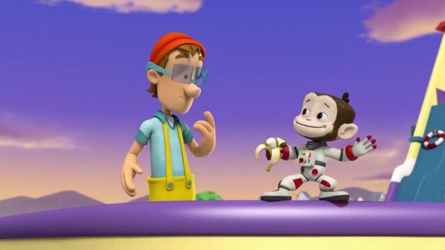 File:PAW Patrol Monkey-naut Scene Cap'n Turbot Captain.jpg