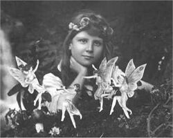Cottingley Fairies 1