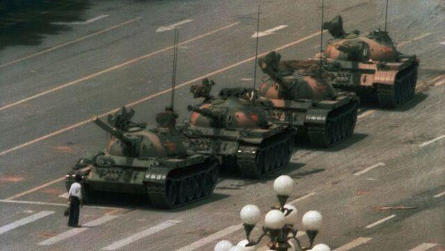 File:Tank-man-china-web.jpg