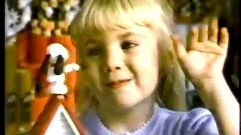 ADORABLE VINTAGE 80'S HALLMARK COMMERCIAL W SNOOPY TOY & SHIRT TALES
