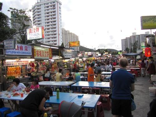 File:Gurney Drive hawker, George Town, Penang.jpg