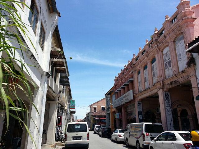 File:Malay Street, George Town, Penang (2).jpg
