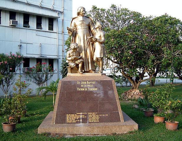 File:St. Jean-Baptiste de La Salle statue, St. Xavier's Institution, George Town, Penang.jpg