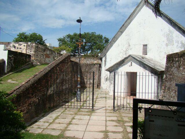 File:Fort Cornwallis chapel, George Town, Penang.jpg