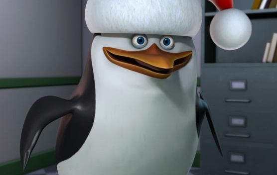 File:Skippy-in-a-Christmas-Hat-penguins-of-madagascar-17505574-556-352.jpg