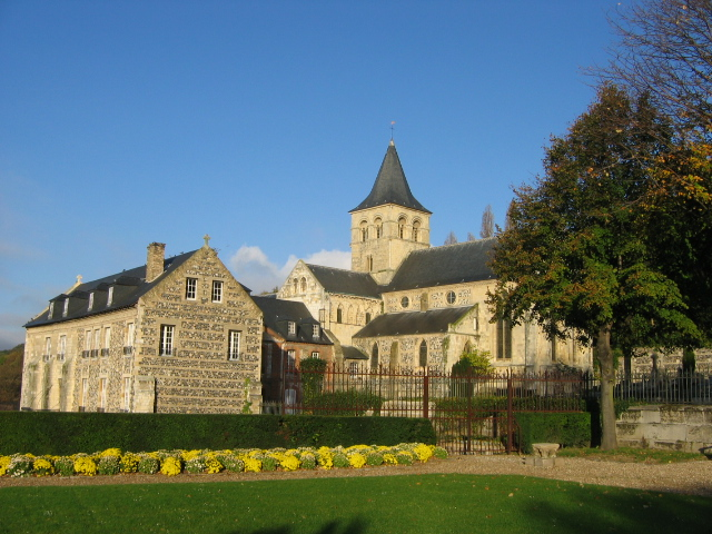 File:Graville Abbey.jpg