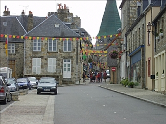 File:House-orne-french-holiday-letting-domfront-town-406085.jpg