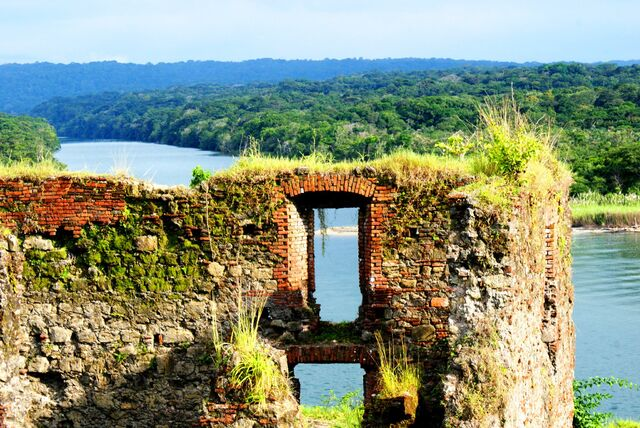File:Fuerte-de-san-lorenzo-fort-colon-panama.jpg