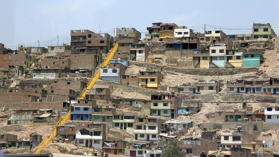 File:Callao poor area.jpg