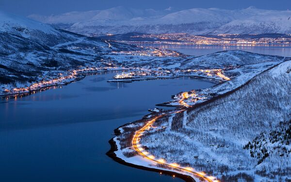 City-lights-of-Tromso-Norway-winter-night 1920x1200