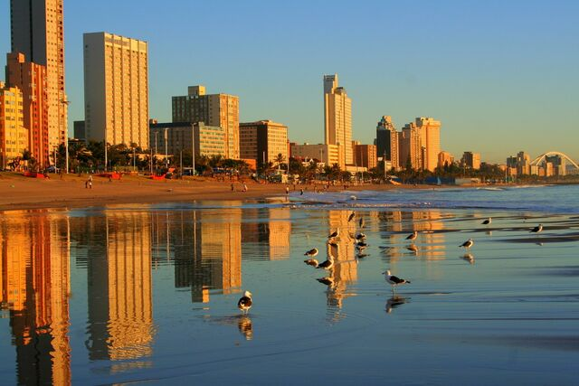 File:Cheap-flights-to-durban1.jpg