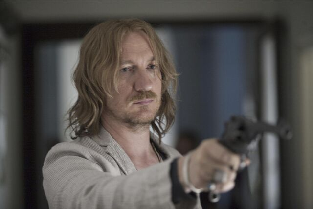 File:Still-of-david-thewlis-in-london-boulevard.jpg