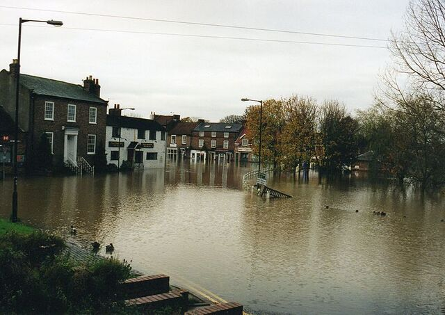 File:Flood in 2000.jpg