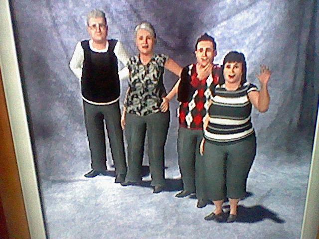 File:Goth Family-1479847129.JPG