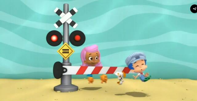 File:Bubble Guppies Triple Track Train Race Railroad Crossing Signal 1 05.png