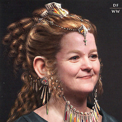 File:Dwarf Woman artwork 5.jpg