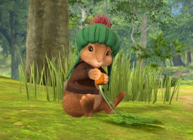 File:Benjamin Bunny Eating A Carrot.png
