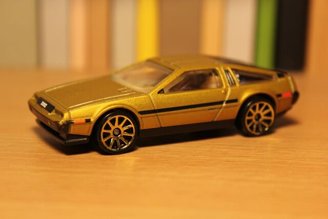 File:DeLorean 01.JPG