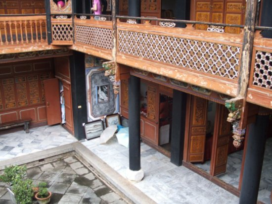 File:Courtyard8.jpg