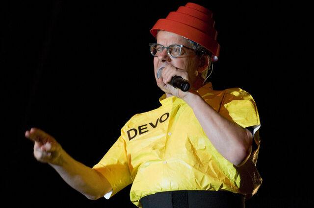 File:Devo 2008.05.31 005.jpg