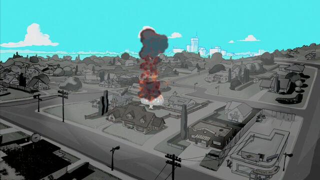 File:Back yard tree explodes.jpg
