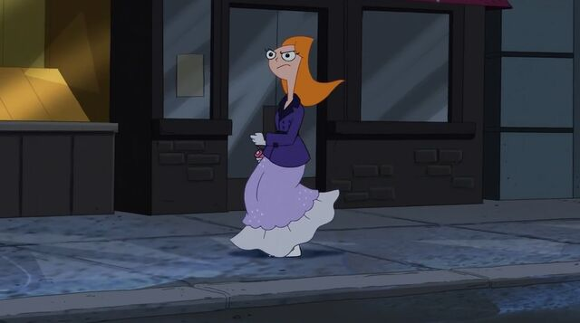 File:Candace running to her house 2.jpg