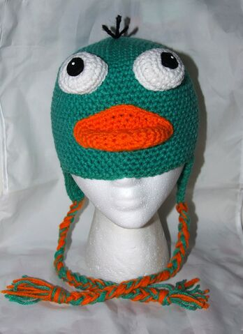 File:Perry Beanie with Earflaps, by clarindadotson.jpg