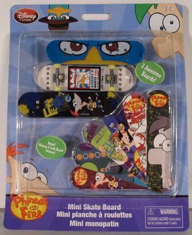 File:PnF Mini Skateboard 2.jpg