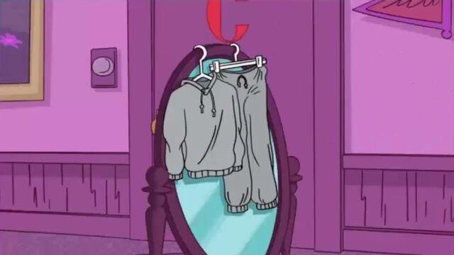 File:Sweatshirt and pants.jpg
