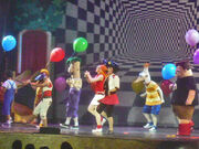 Phineas and ferb live 014