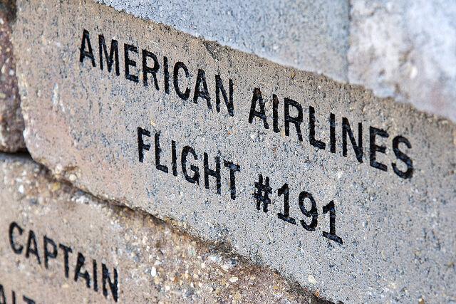 File:Flight 191 memorial.jpg