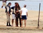 Johnny-Depp-Back-as-Jack-Sparrow-For-Pirates-4-set-johnny-depp-13500208-600-459