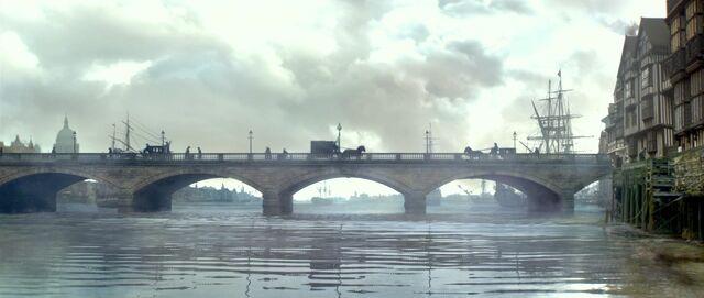 File:Londonbridge.jpg