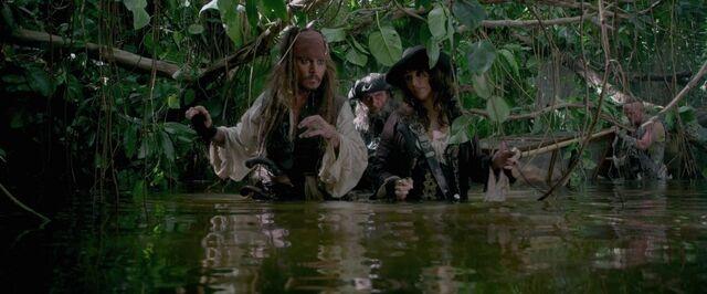 File:Crewgoingthroughswamp.jpg