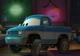 1402612051000-Planes-Fire-and-Rescue-Bubba-Brad-Paisley
