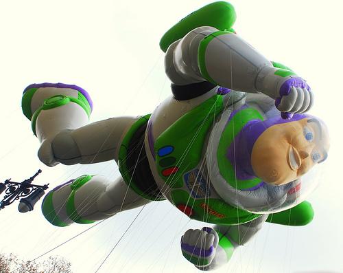 File:BuzzLightyear-MacysParade-2008.jpg