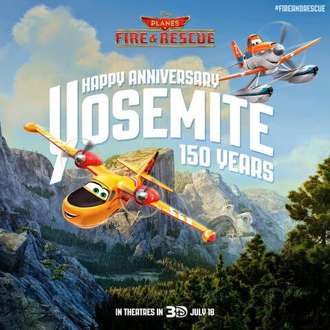 File:P2 Holiday Yosemite150 01 samoloty 2 plik.jpg