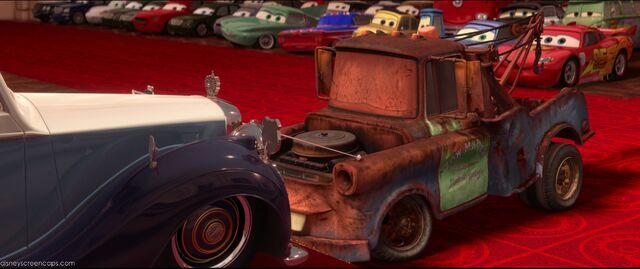 File:Cars2-disneyscreencaps.com-10945.jpg