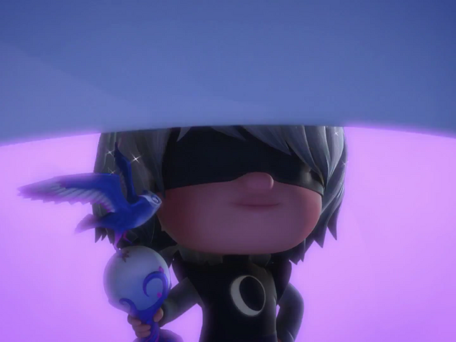 File:Luna Girl with Owlette's Owl Sculpture.png