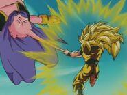 Goku SSJ3 kontra Majin Bu (4)