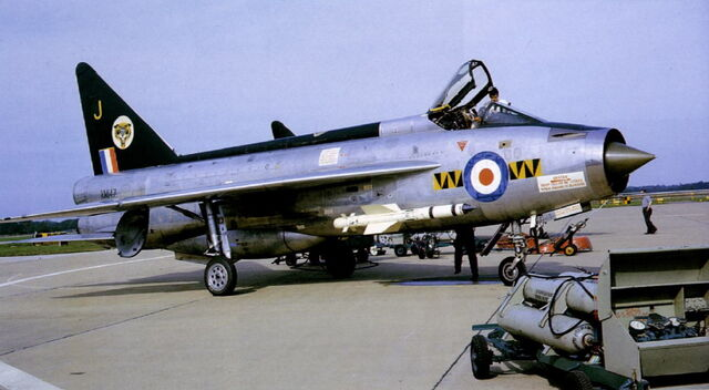 File:Lightning F Mk 1 XM147 1.jpg