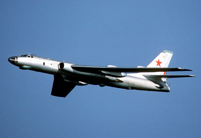 File:Tupolev-tu16-badger.jpg