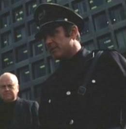 File:Policeman 1.jpg