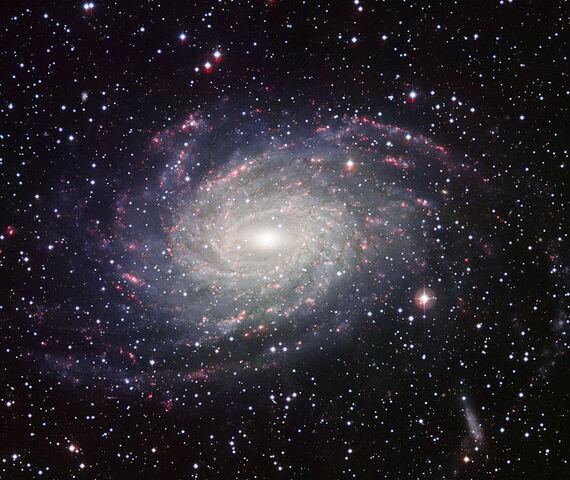 File:NGC 6744.jpg