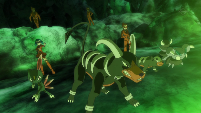File:Mable Houndoom anime.png