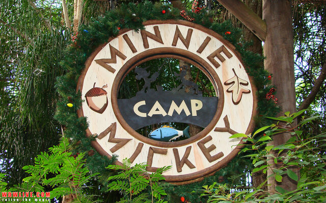File:Camp Minnie-Mickey.jpg