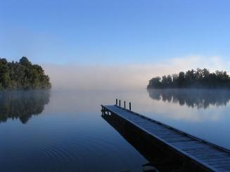 Lake mapourika NZ-1-