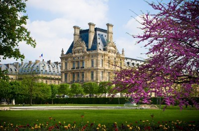 File:9947172-beautiful-view-of-louvre-palace-tuileries-garden-side-paris-france.jpg