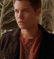 Drew-Seeley-as-Joey-another-cinderella-story-8006063-515-563